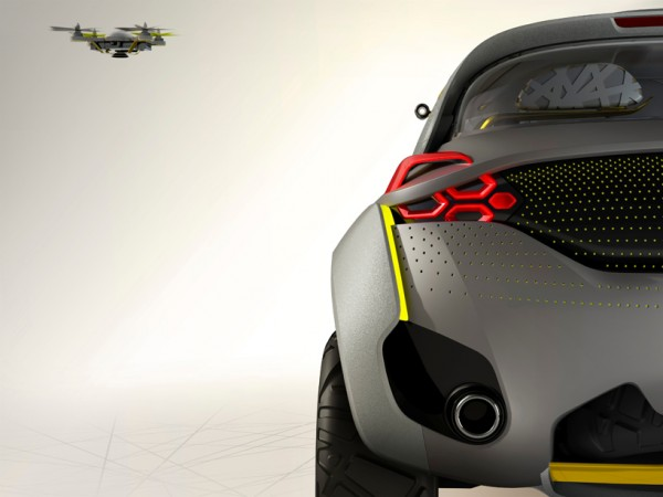 Renault Kwid and drone 2