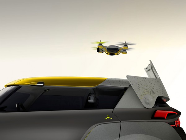 Renault Kwid and drone 3