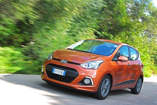 Hyundai i10 Italy February 2014. Picture courtesy of largus.fr