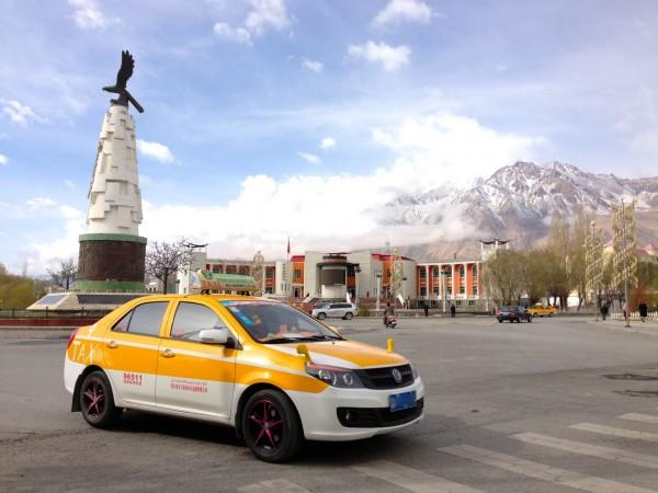 11. Shanghai Englon SC6 Taxi Tashkurgan