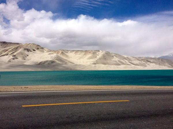 20. Karakoram Highway at Bulong Lake 2