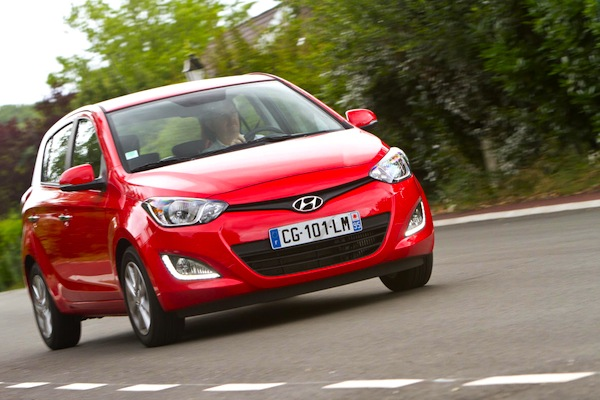 Hyundai i20 Austria July 2014. Picture courtesy of largus.fr