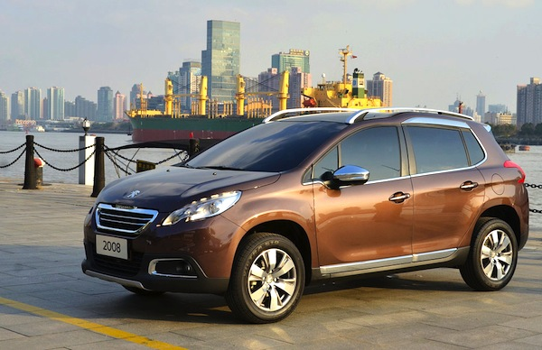 Peugeot 2008 China April 2014. Picture courtesy of cheshi.com