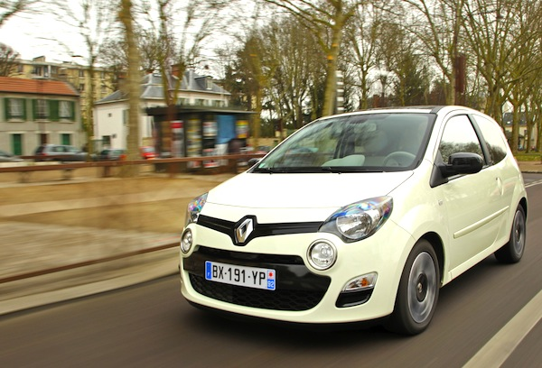 Renault Twingo New Caledonia April 2014. Picture courtesy of largus.fr