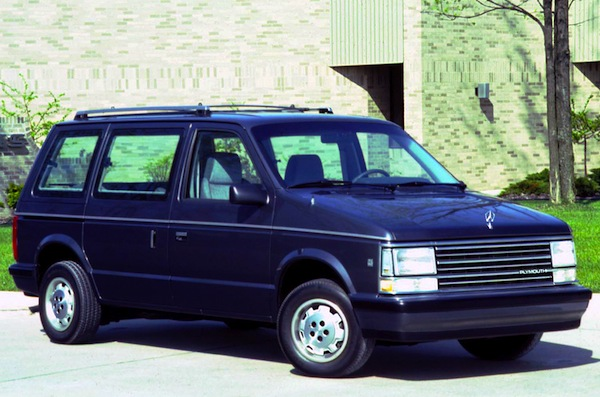 Plymouth Voyager USA 1988