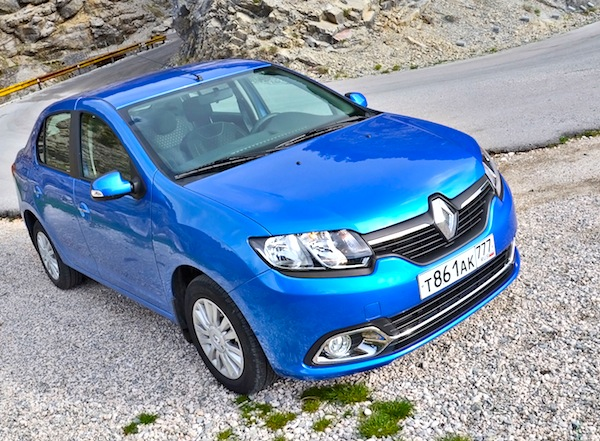 Renault Logan Russia May 2014. Picture courtesy of zr.ru