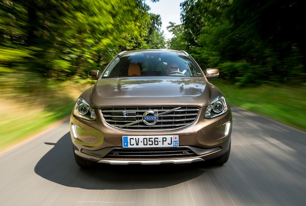 VOLVO XC60 France July 2014. Picture courtesy of largus.fr
