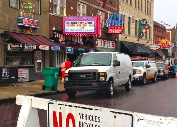 6. Ford E-Series Memphis 2