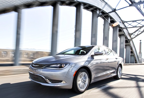 Chrysler 200 USA March 2015. Picture courtesy of motortrend.com