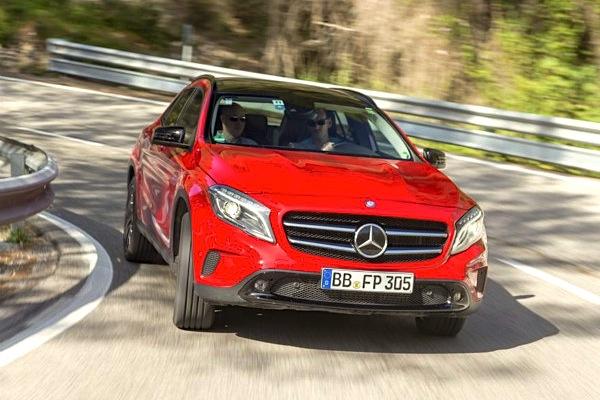 Mercedes GLA South Korea September 2014