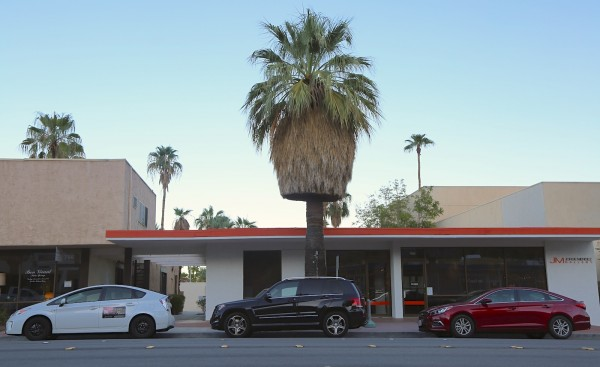 Palm Springs Street scene