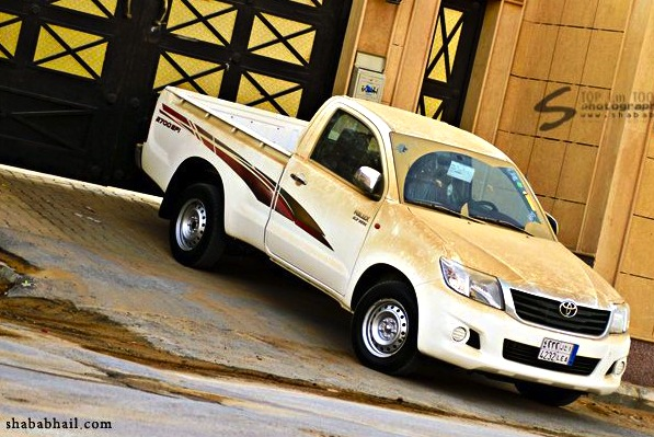 Toyota Hilux Senegal 2013. Picture courtesy of shababhail.com