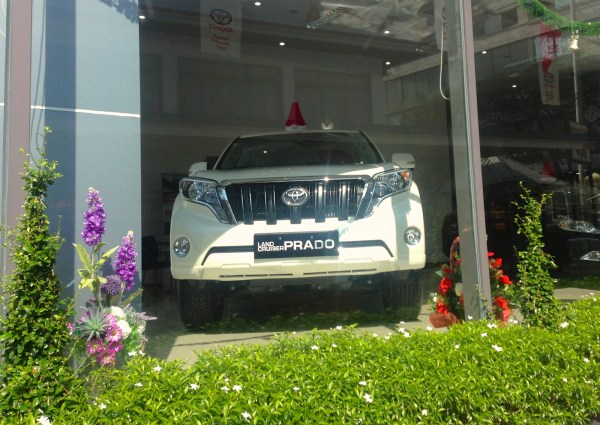Toyota Showroom Yangon 3
