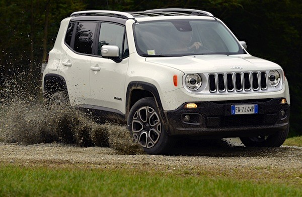 Jeep Renegade Italy December 2014. Picture courtesy of auto-moto.com
