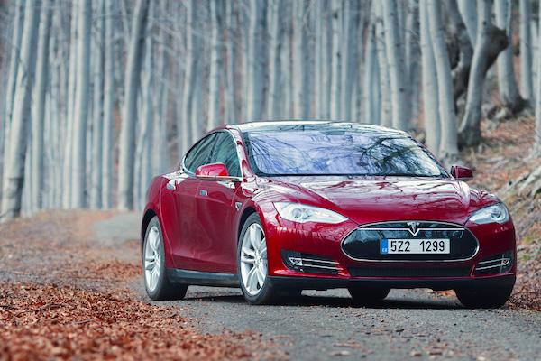 Tesla Model S Denmark 2015. Picture courtesy don.vn.cz