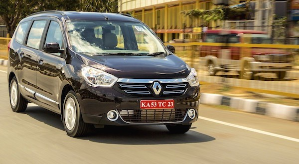 Renault Lodgy India April 2015. Picture courtesy gaadi.com