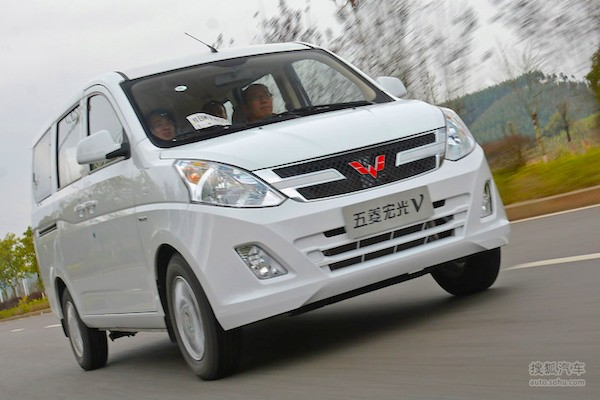 Wuling Hongguang V China April 2015. Picture courtesy auto.sohu.com