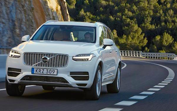 Volvo XC90 Sweden October 2015