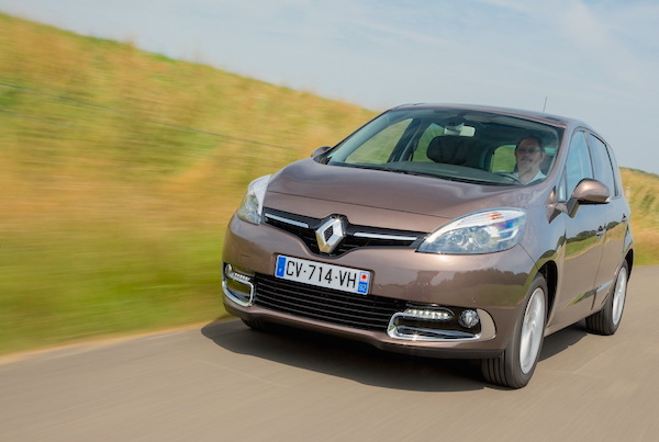 Renault Scenic Belgium May 2015. Picture courtesy largus.fr