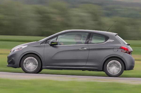 Peugeot 208 Reunion 2015