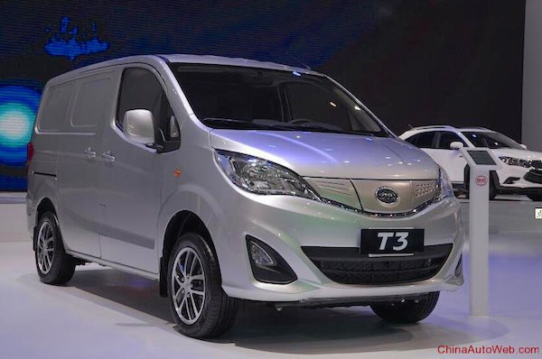 BYD T3 China August 2015. Picture courtesy chinaautoweb.com