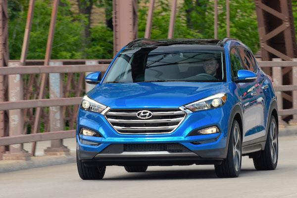 Hyundai Tucson Canada August 2015. Picture courtesy motortrend.com