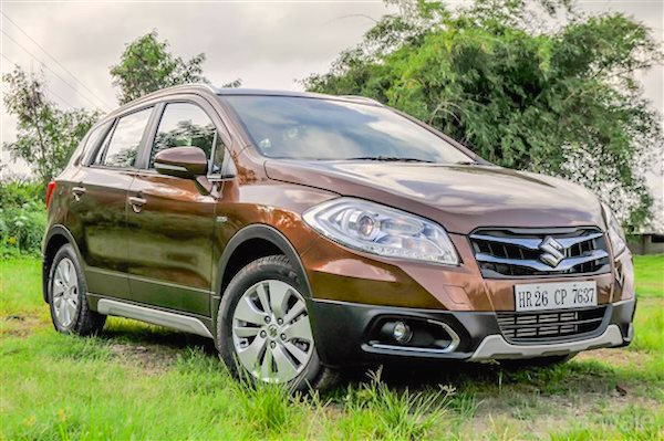 Maruti S-Cross India August 2015. Picture courtesy todaysbuzz.in