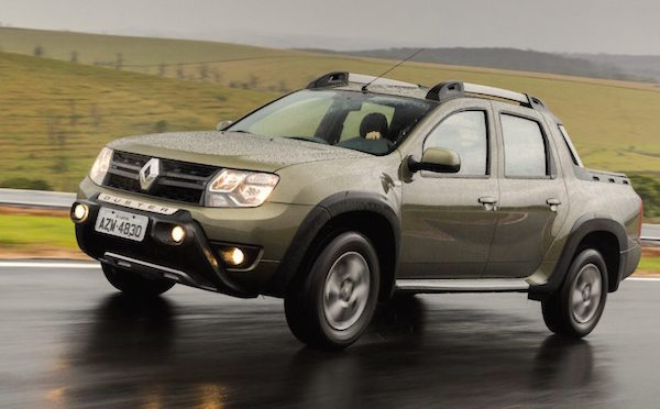 Renault Duster Oroch Argentina April 2016. Picture courtesy carroonline.terra.com.br