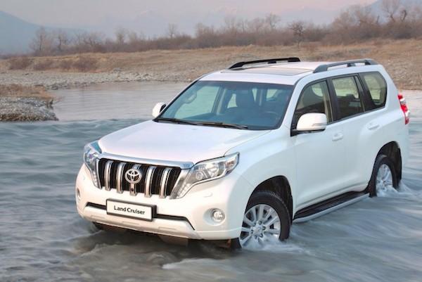 Toyota Land Cruiser Prado Russia September 2015