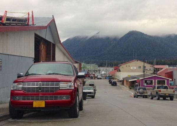 8. Lincoln Navigator Petersburg Alaska