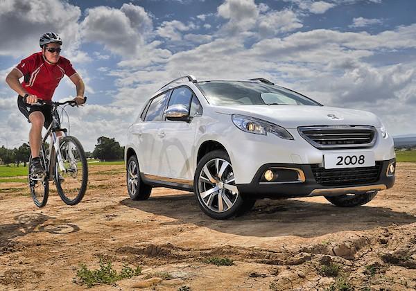 Peugeot 2008 France November 2015