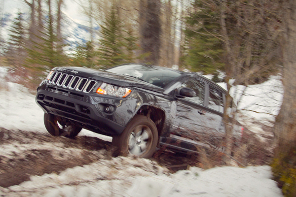 Jeep Compass USA December 2015. Picture courtesy motortrend.com