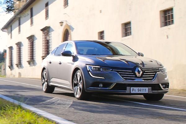 Renault Talisman France February 2016. Picture courtesy automobile-magazine.fr