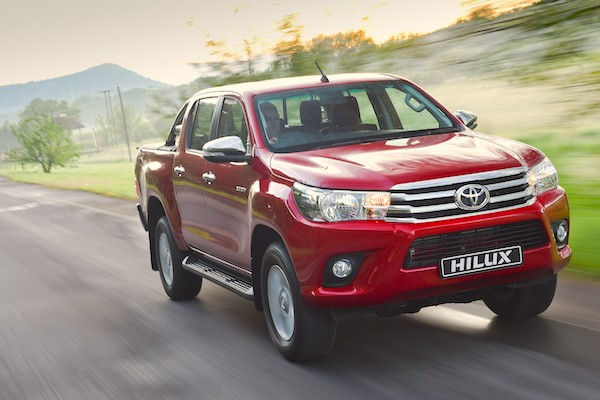 Toyota Hilux Laos March 2016