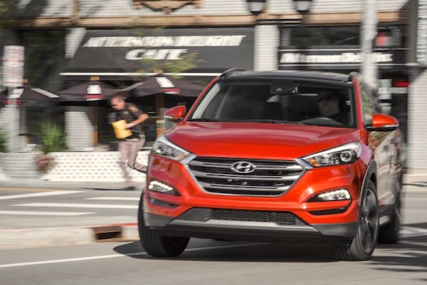 Hyundai Tucson USA October 2016. Picture courtesy caranddriver.com