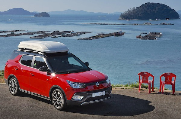 Ssangyong Tivoli South Korea May 2016. Picture courtesy motorian.kr