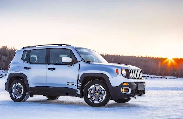 Jeep Renegade China June 2016