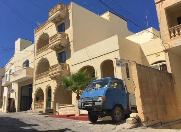 7-kia-truck-xaghra-gozo