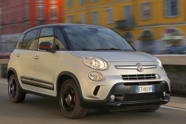 Fiat 500L Serbia July 2016