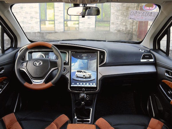 weichai-enranger-g5-interior-china-october-2016-picture-courtesy-autohome-com-cn