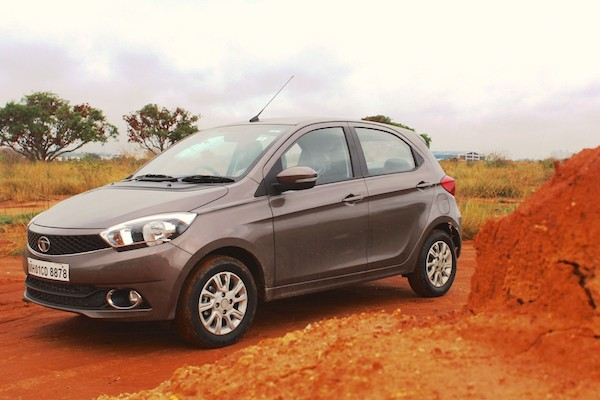 tata-tiago-india-november-2016-picture-courtesy-ibtimes-co-in