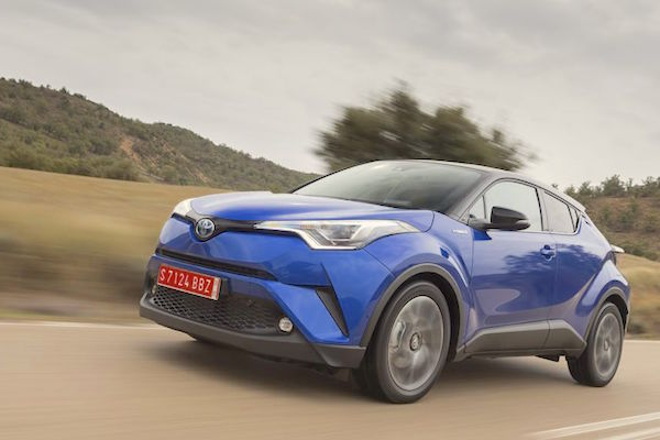 Toyota C-HR Ireland 2016