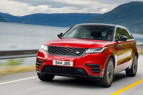 ed6ae527319 UK October 2018: Land Rover hits ranking record at #7, Mercedes A ...