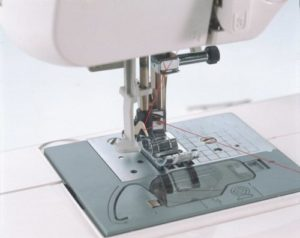 Brother CS6000I sewing machine - Easy Threading