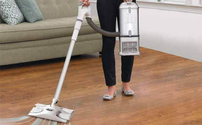 Shark Navigator Lift-Away Professional Upright Vacuum Review