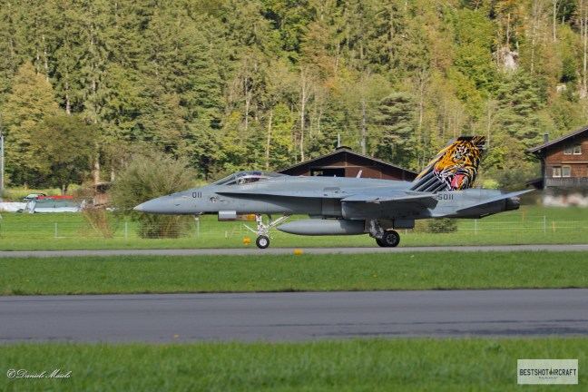 "Swiss Air Force McDonnell Douglas F/A-18C Hornet J-5011 - Fliegerstaffel 11 ""Tiger"""