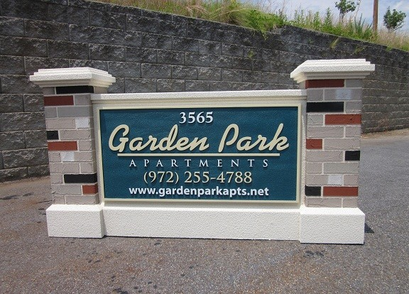 Faux Masonry Sign Monuments - Garden Park Apartment Complex Entrance Sign Monument With Faux Brick Columns