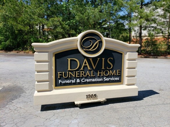 Davis Funeral Home Sign Monument