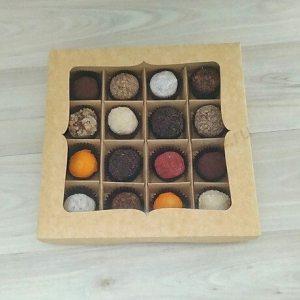 Упаковка (коробка) для 16 конфет с вырезным окном , 5 шт.