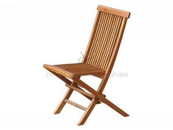 Classic Folding Chair